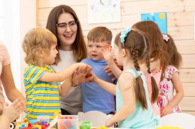 como ayudar a la educacion emocional de los niños - chiquilin